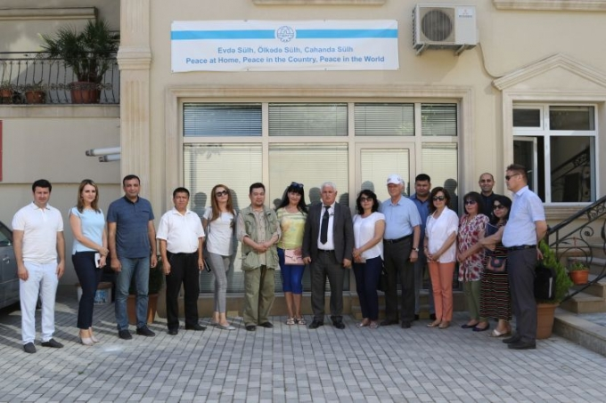 Uzbek writers and journalists visit IEPF office
