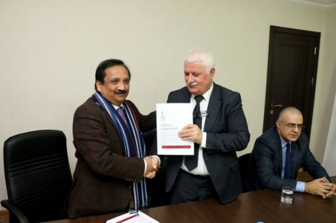BAMF və Oksford Biznes Kolleci əməkdaşlığa dair memorandum imzalayıb