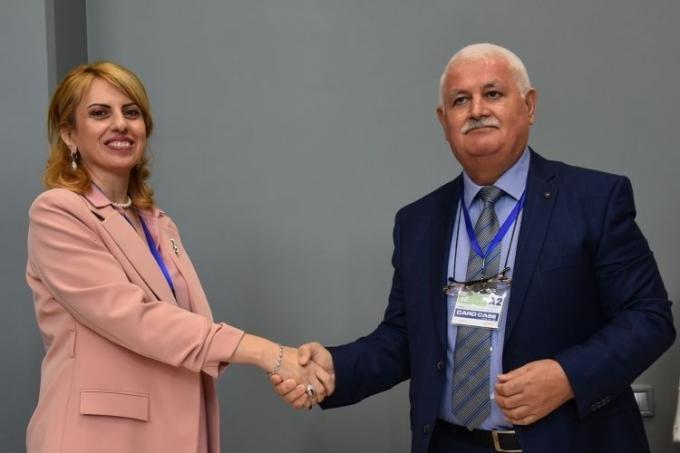 Beynəlxalq Avrasiya Mətbuat Fondu Beynəlxalq Təhsil Akademiyası ilə əməkdaşlıq müqaviləsi imzaladı